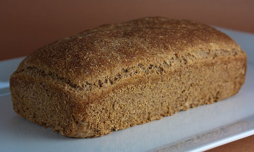 640px-Vegan_Flourless_Sprouted_Wheat_Bread_(4106860877)